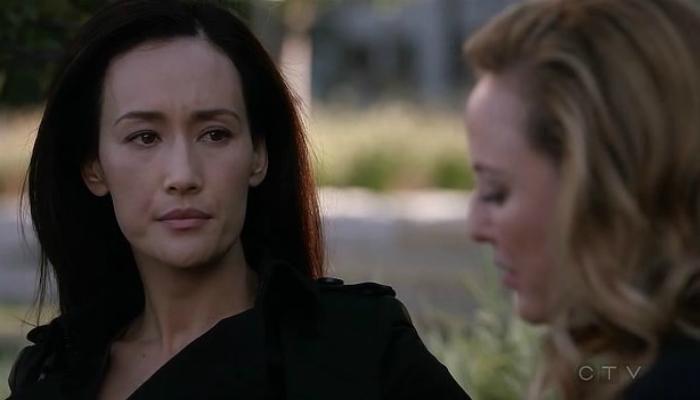 Hannah Wells e Kimble Hookstraten em Designated Survivor, 1x05