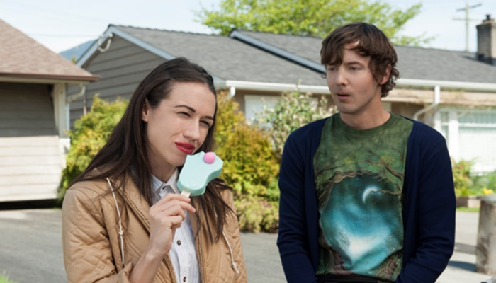 Haters Back Off - S1X01