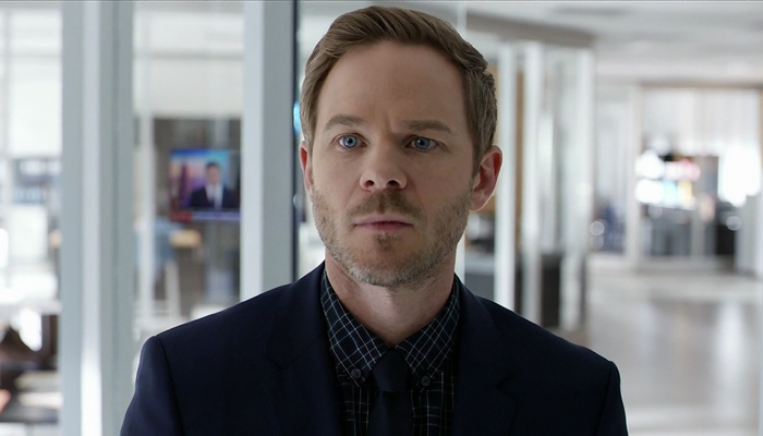 Conviction 1x08 Sam precisa rever seu próprio caso