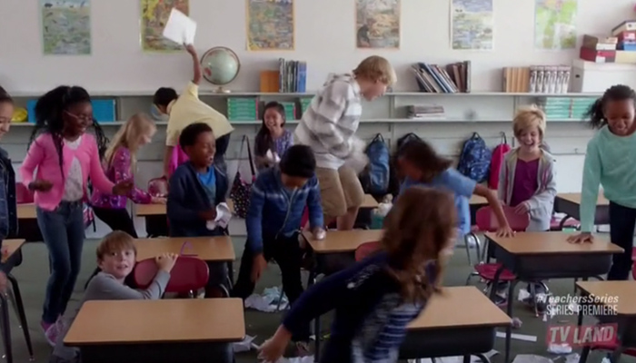 teachers-1x01-pilot-slepping-time