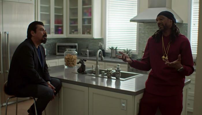 Lopez-1x01-Slave-For-A-Day-s01e01-Snoop-Dogg