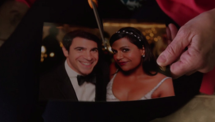 The-Mindy-Project-4x14-Will-They-Or-Wont-They-Mindy-And-Danny-Photo