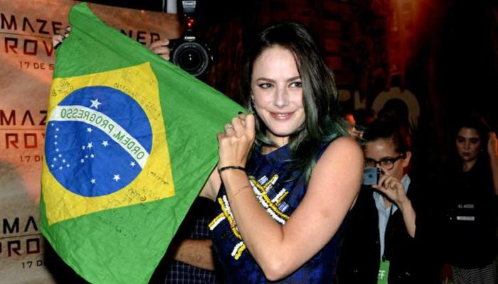 kaya-scodelario-brasil