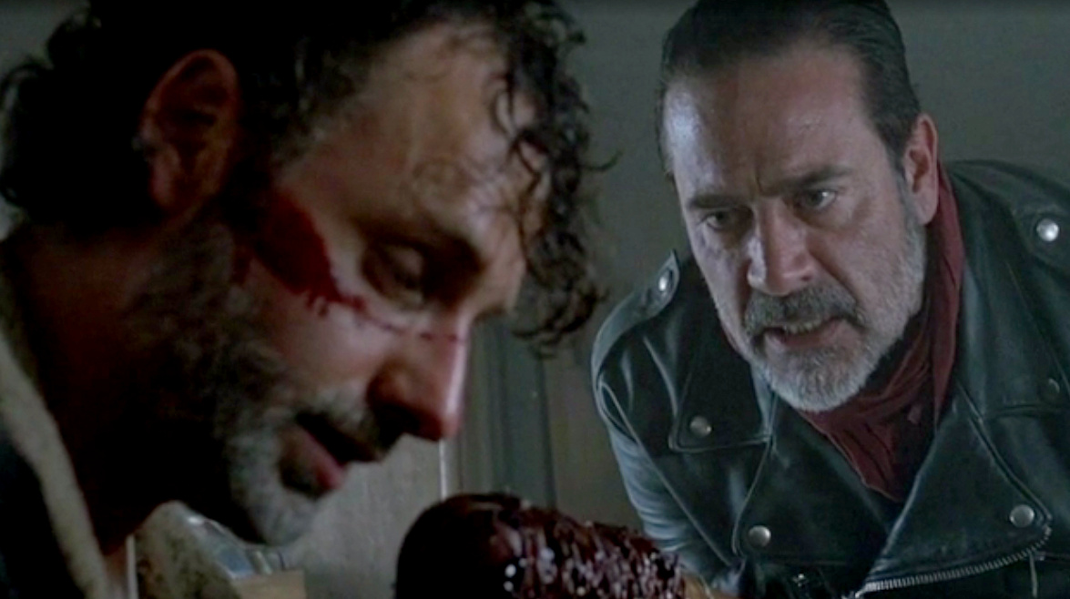 twd-7x01-the-day-will-come-when-you-wont-be-bmp-001