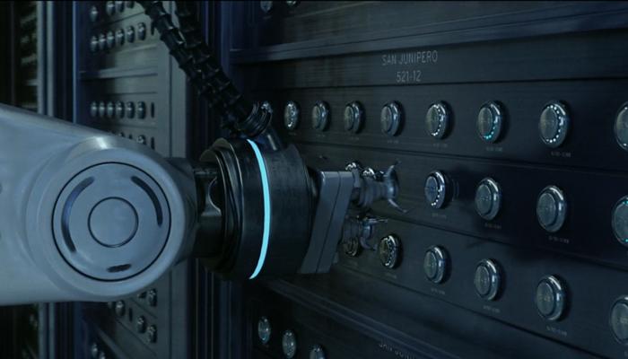 Black Mirror 3x04 Servidor da Tckr systems