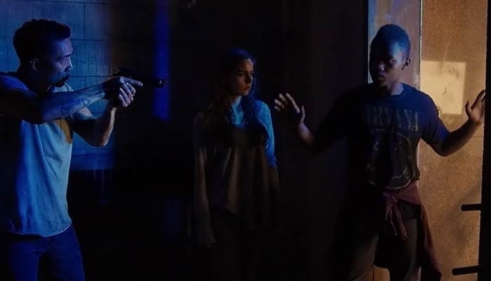 Van Helsing 1x05 Brendan expulsa Mohamad após ele assumir a culpa pelos assassinatos
