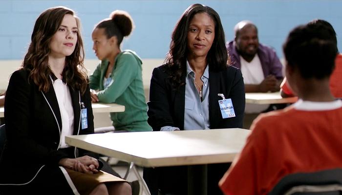 Conviction 1x06 Hayes e Maxine conversam com Porscha