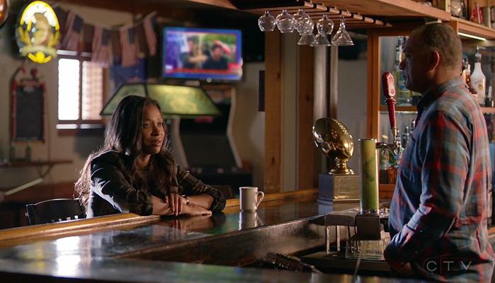 Conviction 1x06 Maxine conversa com o pai