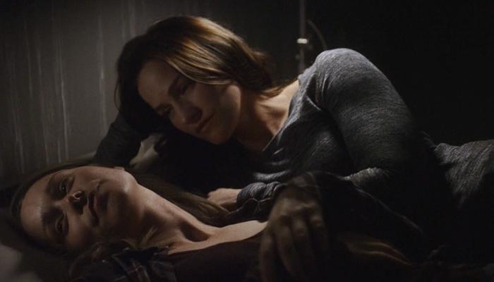 Van Helsing 1x09 Susan e Vanessa se beijam