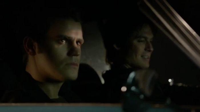 the-vampire-diaries-808-car